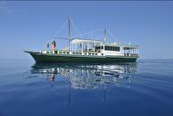 Dhoni Yacht