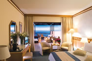 The CBH Superior Twin Room with sea view