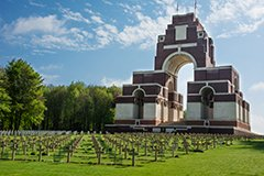 Thiepval Memorial, Somme Battlefields.jpg