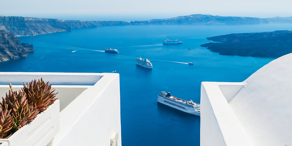 Cruises in Greece