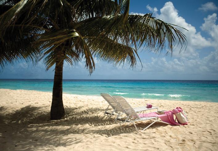 Relax on Christ Church beach