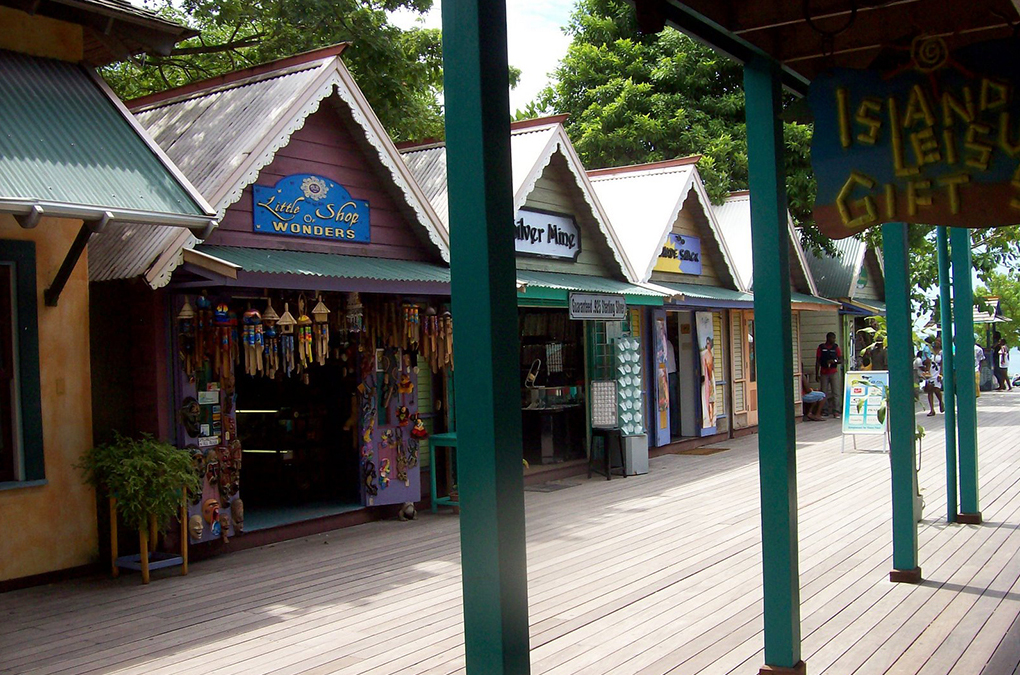 "Shopping Jamaica style"" title="