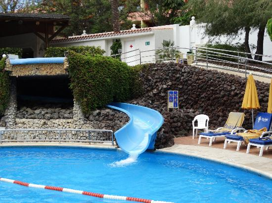 Tenerife holidays and hotels with onsite water park aqua park or waterslides - Aqua tenerife ...