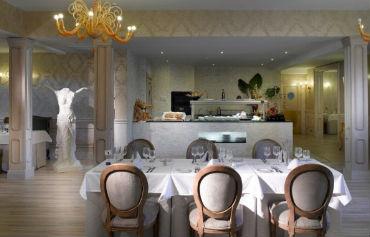 Grand Palladium Palace Ibiza Resort & Spa