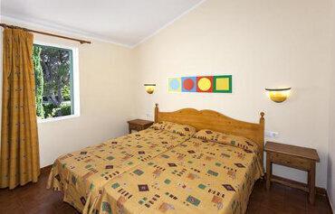 Roc Lago Park Apartments
