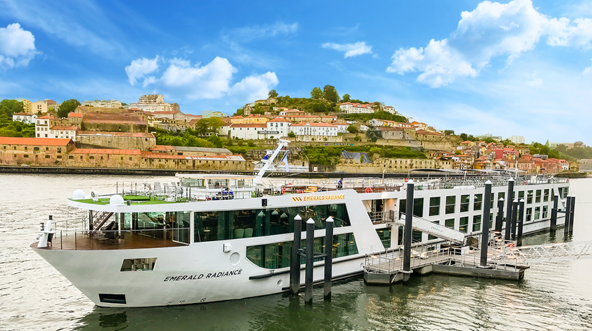 Emerald Radiance River Douro