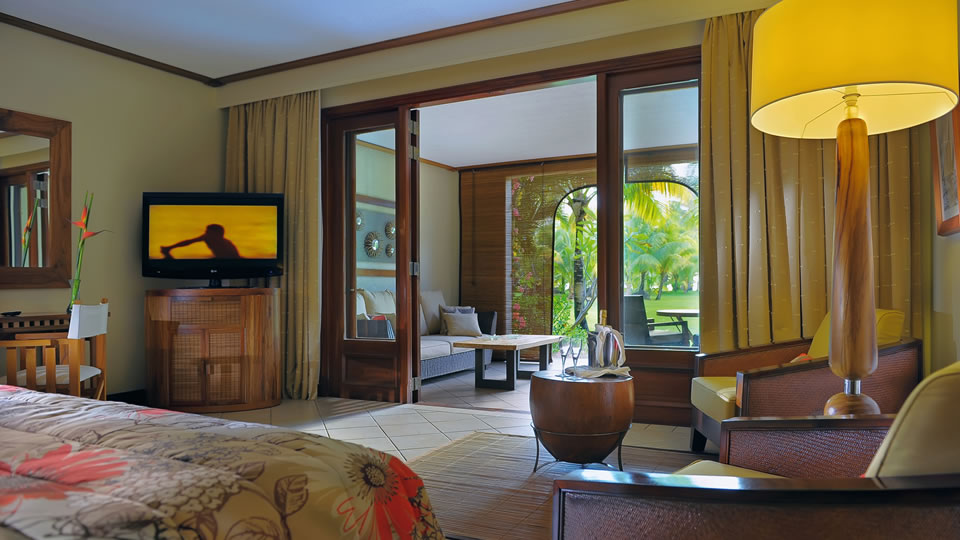 Paradis Junior Beachfront Suite