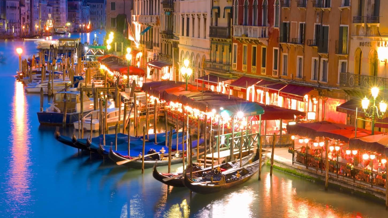 Ai Mori D Oriente Cheap Holidays To Venice Italy Cheap Holidays Venice