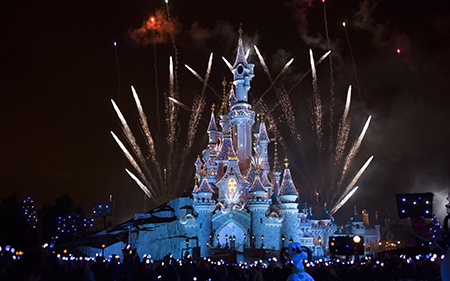 Bonfire Spectacular Disneyland Paris »