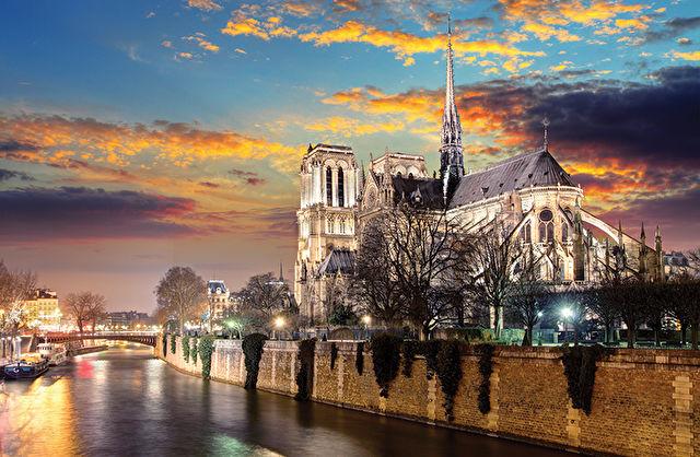 The Seine, Paris & Normandy River Cruise