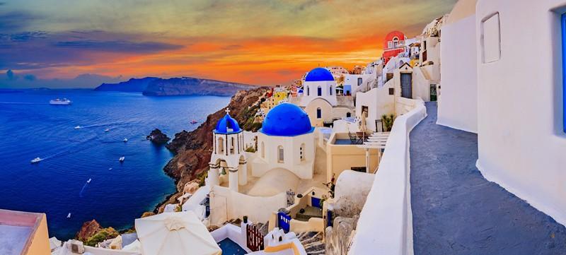 Blog | 7 Restaurants To Try In Santorini