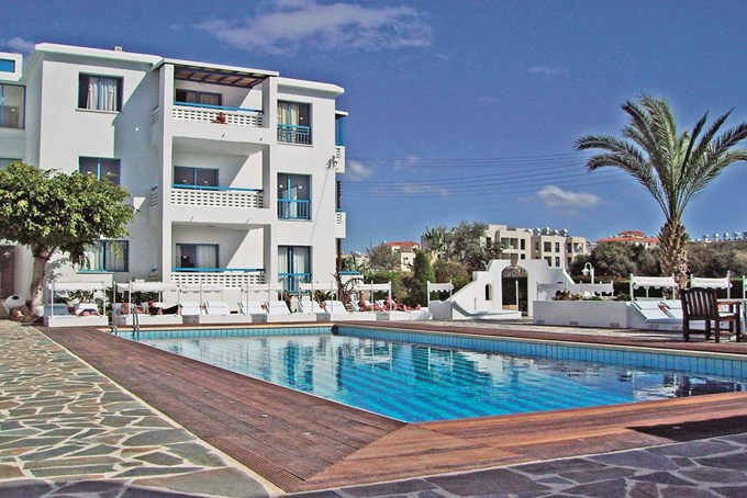3* Tasmaria Hotel Apartments